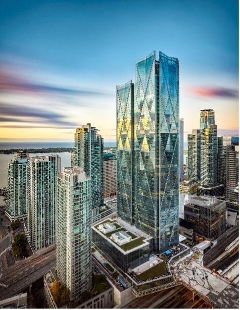 Die beiden hoch aufragenden gläsernen Türme werden zukünftig die Skyline des kanadischen Wirtschaftszentrums Toronto prägen. Bildnachweis: Richard Johnson
